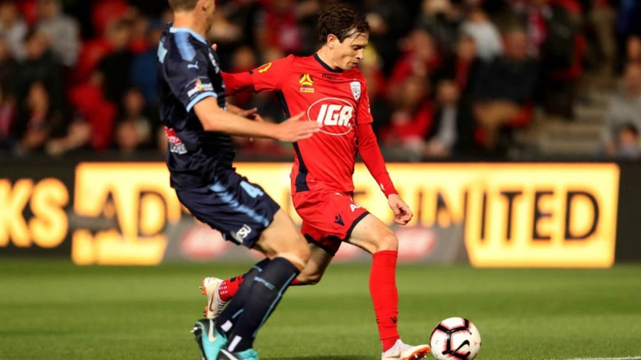 soi-keo-ca-cuoc-mien-phi-ngay-06-08-adelaide-united-vs-sydney-fc-con-nguyen-dong-luc-2
